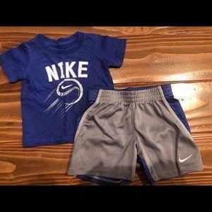 Boys Nike short set & Nike sweatsuit